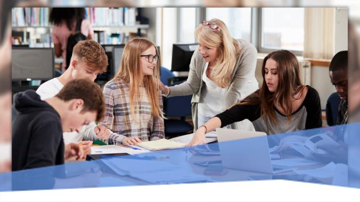 Az EU-s ismereteket hatékonyan oktató tanárokat díjazza az Európai Parlament
