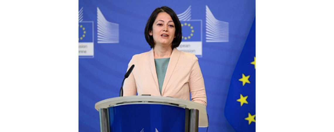 Biliana Sirakova az Európai Unió első ifjúsági koordinátora
