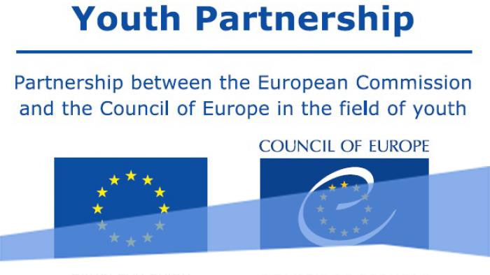 Kérdőív: Online kurzus ifjúságpolitikai ügyekben