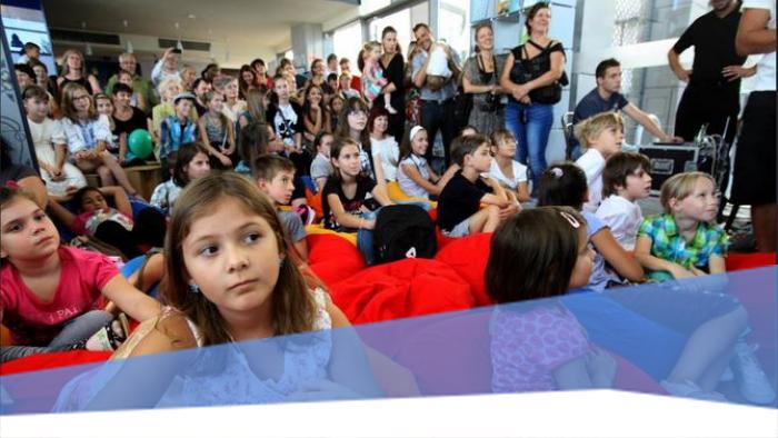 Mesenyomozás és koncert – gyereknap az Európa Pontban